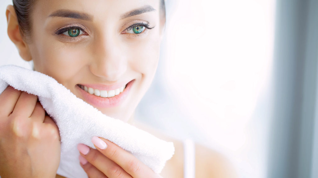 Should You Use Bath Towels On Your Face?