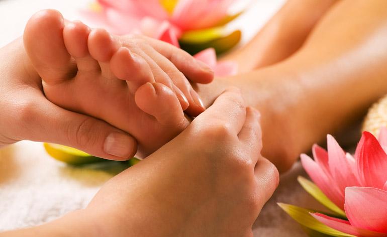 7 Secrets to Owning Beautiful Feet